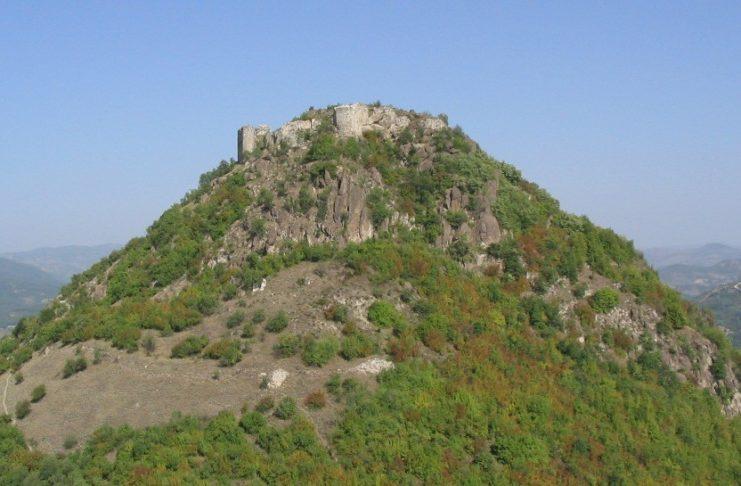 Стари град Звечан, овде је 11. новембра 1331. године умро Стефан Дечански